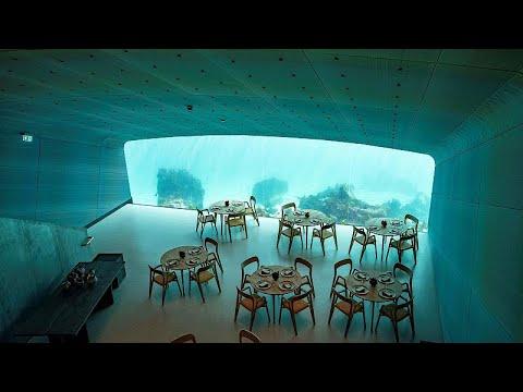 شاهد مناظر طبيعية بأول مطعم تحت الماء في أوروبا